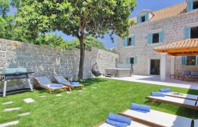 /storage/upload/tbl_products/Gulliver_villa-luxury-rent_Croatia_02355.jpg
