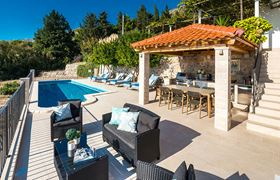 /storage/upload/tbl_products/Gulliver_villa-luxury-rent_Croatia_222955.jpg